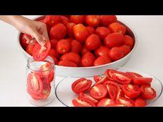 Dilimleyerek saklanan domatesleri kışın taze taze tüketebilirsiniz. Yapılışı sır gibi saklanan kışlık domates tarifinin yapması çok kolay. Olgun alınan Winter Food, Food Pictures, Feel Good, The Creator, Food And Drink, Pasta, Yummy Food, Homemade, Vegetables