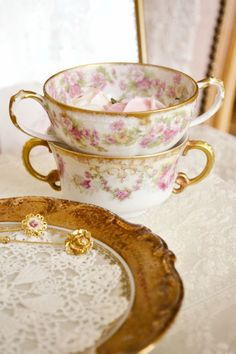 Jennelise ~ Pink & Gold
