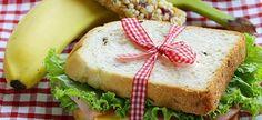 Η Διατροφολόγος μας, Αλεξάνδρα Δαμβουνέλη, προτείνει 5 γευστικά και θρεπτικά σαντουιτσάκια για το σχολικό κολατσιό!