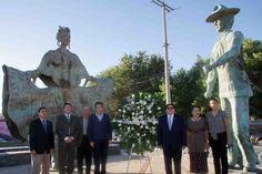COLOCA PRESIDENTE MUNICIPAL OFRENDA FLORAL EN MONUMENTO AL VERACRUZANO