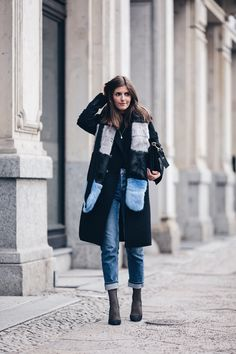 Mom Jeans, Fake Fur and Fishnet - Simple et Chic - Fashion & Lifestyle Blog
