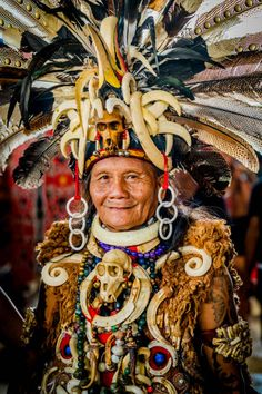 Elderly Dayak woman in her full traditional Dayak outfit in Kalimantan Borneo May 2017 THOUSANDS of Borneos indigenous people descended to the. Filipino Tribal Tattoos, Hawaiian Tribal Tattoos, Thai Tattoo, Tattoo Maori, Cross Tattoo For Men, Nordic Tattoo, African Masks, Black And Grey Tattoos, Drawing People