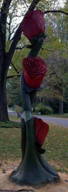 Stump Carving - Forever Roses