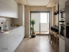 Cozinha | Depois: Cozinhas modernas por MUDA Home Design