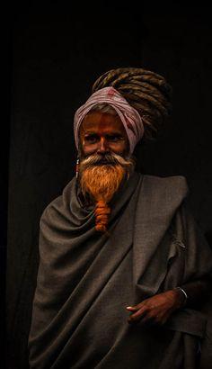 Fabulous portrait of a Nepalese sadhu