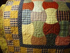 Nana Girl Quilts: Almost Antique Apple Core Quilt