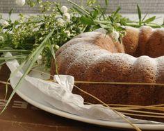ovsena babovka s jogurtom Pound Cake, Bread, Food, Crack Cake, Brot, Essen, Pound Cakes, Baking, Meals