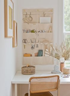 Working from home for the foreseeable future? Click through for foursimple suggestions for keeping your deskorganized to make working from home alittle easier. #deskorganization #organization #diy #diydesk #diyorganizer Hanging Wall Organizer, Ikea Closet Organizer, Jewelry Organizer Wall, Diy Hanging, Beauty Organizer, Organize Fabric, Home Organization Hacks, Organizing, Diy Desk