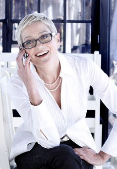 Afrikaans cabaret artist and chef Elsabe Zietsman. Platinum Highlights, Good Genes, Pure Platinum, Aged To Perfection, Ageless Beauty, Going Gray, Most Beautiful Beaches, Young Models, Aging Gracefully