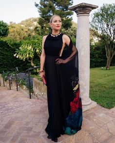 Kate Hudson pays tribute to Danny Fujikawa on his first Father's Day Kate Hudson, Valentino Gowns, Danny, Street Style Blog, Nice Dresses, Formal Dresses, Italy Fashion, Cool Halloween Costumes, Celebrity Look