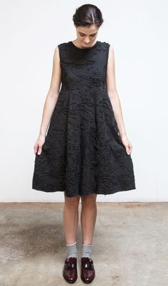 Alabama Chanin's Magdalena Factory dress. Made from 100% organic cotton jersey, hand sewn with negative applique technique. Via http://alabamachanin.com/collection/collection