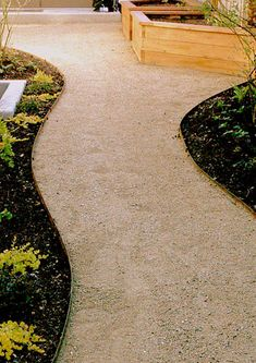 #Yard_Maintenance_Albuquerque #Quality_Landscaping_Albuquerque $4.00 Price per Ft. Your choice of green Or brown steel edging.
