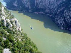 romania danube canyon iron gates cazanele dunarii portile de fier carpathian mountains