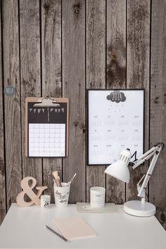 Aranżacja z kalendarzami w stylu skandynawskim