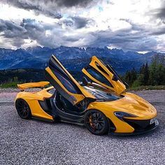The McLaren was unveiled as a concept car at the Paris Motor Show in 2012 and went into production in The car has a limited production run of only 375 units Top Sports Cars, Super Sport Cars, Mclaren P1, Hot Rides, Performance Cars, Koenigsegg, Expensive Cars, Car Car, Hot Cars