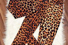 Compleu dama ieftin maro compus din maieu si pantaloni lungi cu imprimeu ghepard