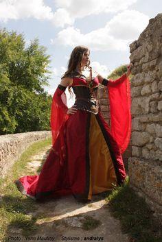 Robe de mariée médiévale et medieval fantasy