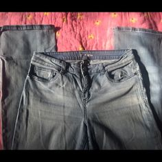 Victoria's Secret Flare Jeans Gently Worn Victoria's Secret Flare Jeans size 10 These are super soft and comfy broken in Jeans. I would say they are boot cut over them being Flare. I wish VS still sold jeans!! Please ask questions or make me an offer!! NO trades!!! Xoxo Victoria's Secret Jeans Flare & Wide Leg