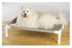 DIY Handmade Elevated Dog Bed Without Sewing. This dog bed is very easy to make and there is absolutely no sewing involved.