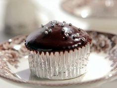 Milk Chocolate Cupcakes with Dark Chocolate Icing
