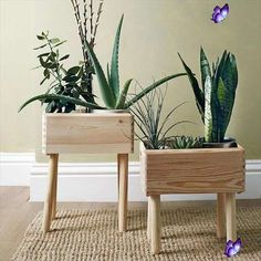 13 DIY Wood Projects - Home Decor Ideas,  #decor #DIY #Home #Ideas #Projects #Wood  <br> Diy Wood Projects, Garden Projects, Woodworking Projects, Plant Projects, Garden Crafts, Design Projects, Wood Plant Stand, Plant Stands, Salvaged Wood