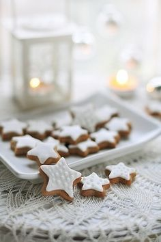 white star gingerbreads