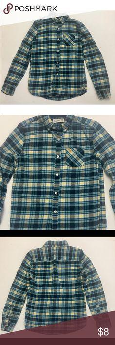 """Boys Abercrombie Blue Button Down Flannel Boys Abercrombie Kids button down, Blue, soft, long sleeve, flannel. In great preowned condition  Size 13/14 Chest measurement 16"""" across  Length measurement 25"""" 100% Cotton  Arrives clean and ready to wear from a smoke free environment Abercombie Kids Shirts & Tops"""
