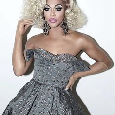 Shangela competes to snatch the crown of RuPaul's Drag Race Season 3 Drag Queens, Shangela Laquifa Wadley, Rupaul All Stars, Queen Love, Queen Photos, Strapless Dress Formal, Formal Dresses, Prom Dresses, Rupaul Drag
