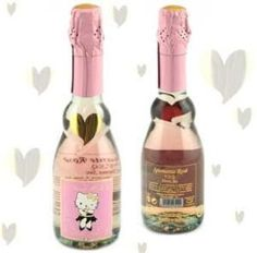 This is just too awesome! Hello Kitty Sweet Pink sparkling wine (available online -see link, or at BevMo, I'm told) Hello Kitty Wine, Best Champagne, Memorial Weekend, Types Of Wine, All Grown Up, Italian Wine, Kids Branding, Sparkling Wine, Sparklers
