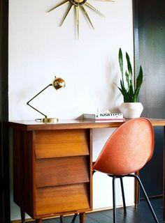 Easy Office Desk Decoration Ideas