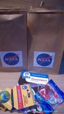 Diese Mitgebsel gab es für alle Astronauten zum ende unseres Weltraum-Geburtstages! Beschreibung und viele weitere Ideen auf: www.achistdasnett.com                                                                                                                                                                                 Mehr