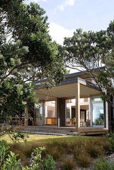 Solution 078 U2013 V6   Living Haus   Http://www.hausbaudirekt.de/haus/solution 078 V6/    Fertighaus Als Bungalow Modernes Haus Mit Satteu2026