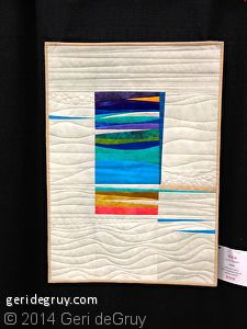 Seaside by Jackie Skarritt via EXPLORATIONS: art quilts. Inspiration for backside of quilt? Patchwork Quilting, Modern Quilting, Quilting Fabric, Mini Quilts, Small Quilts, Beach Quilt, Geometric Quilt, Fabric Postcards, Miniature Quilts