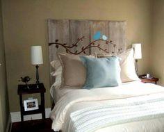 respaldo madera reciclada y pintada