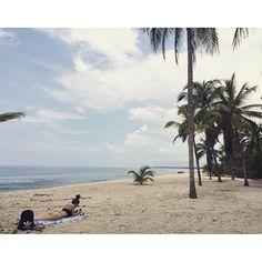 【chieflysolo】さんのInstagramをピンしています。 《北欧美女と🏖  #palomino #colombia #southamerica #travelaroundtheworld #backpacker #worldtrip #一人旅 #女子旅 #南米 #コロンビア #パロミノ #バックパッカー #海 #beachlover》