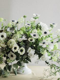 anemone arrangement, floral design, floral art, berlin florist