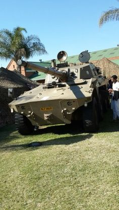 Rooikat Armoured Personnel Carrier, Tank Armor, Military Branches, Armored Fighting Vehicle, Defence Force, Big Guns, Military Weapons, Armored Vehicles, War Machine