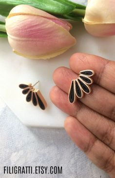 Looking for gifts for best friends ? Checkout these statement earrings that will surely impress the gift receiver. Make your best friend feel special with these one of a kind black earrings studs that are classy & chic. Click through the link to checkout more such unique earrings. #statementearrings #blackearringsstudsclassy #uniqueearrings #giftsforbestfriends #trendyjewelry #minimalistearrings #bohoearrings. Paper Quilling Jewelry, Paper Earrings, Art Deco Earrings, Paper Jewelry, Unique Earrings, Boho Earrings, Statement Earrings, Black Stud Earrings, Trendy Fashion Jewelry