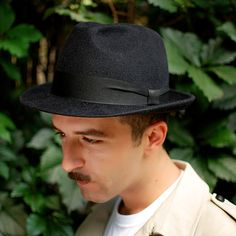 e6abd7f9 Mens hat black felt winter autumn small brim by TUTUHandmadeHats Trilby  Hat, Brim Hat,