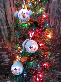 3pk. Snowball snowman ornament Christmas Wreaths, Christmas Crafts, Christmas Ornaments, Fake Snowballs, Snowman Ornaments, Earmuffs, Needle Felting, Snowflakes, Projects To Try