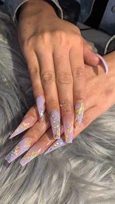 """UR FAV NAIL TECH KAYNAILEDIT on Twitter: """"another birthday set! 😂💘  Inspo: @xjessicasimone 🥰… """" Baby Blue Nails With Glitter, Glitter Fade Nails, White Nails, Prom Nails, Dope Nails, Nails On Fleek, My Nails, How To Do Nails, Hair And Nails"""