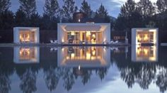 The Crib luxury villa in Queenstown, NZ by Architect Andrew Patterson Amazing Architecture, Contemporary Architecture, Architecture Design, Water Architecture, Exterior Design, Interior And Exterior, Pool Piscina, Beautiful Homes, Beautiful Places
