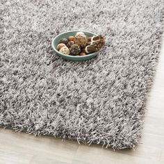 Rug from New Orleans Shag collection. From Safavieh New Orleans Collection, is a plush pile grey shag rug hand-tufted with durable synthetic yarns for easy-care beauty. Grey Shag Rug, Grey Rugs, Shag Rugs, Polyester Rugs, Cotton Rugs, Square Rugs, Polypropylene Rugs, Large Area Rugs, Contemporary Rugs