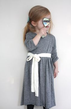 Cute knit dress tutorial - will I ever actually sew a single piece of kids' clothing? Who knows.