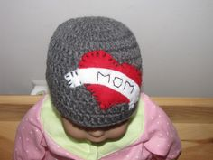 Heart with mom beanie can be ordered at savvyfrufru.com