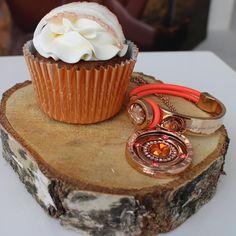 Let's celebrate something today  #mimoneda #jewelry #letscelebrate #cake #armcandy #neckcandy #livethelifeyoulove