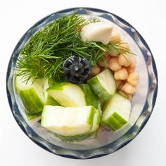 Cucumber Hummus Recipe with Dill - Vegan Family Recipes SW friendly. Olive oil - HEB Omit the tahini or syn @ 5 syns per tbsp Dill Recipes, Real Food Recipes, Vegetarian Recipes, Cooking Recipes, Healthy Recipes, Quorn Recipes, Cucumber Recipes, Bariatric Recipes, Sausage Recipes