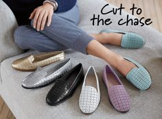 Cut to the chase in the You Betcha style by Aerosoles. These casual flat shoes will add a pop of color to your outfit. They are a great style to wear to work or wear for a fun night out. Choose from multiple colors this spring.