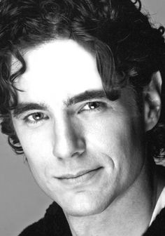 Derek Moran as Lucianus Stratford Festival, Handsome, This Or That Questions