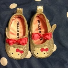 Hello Kitty Newborn Shoes